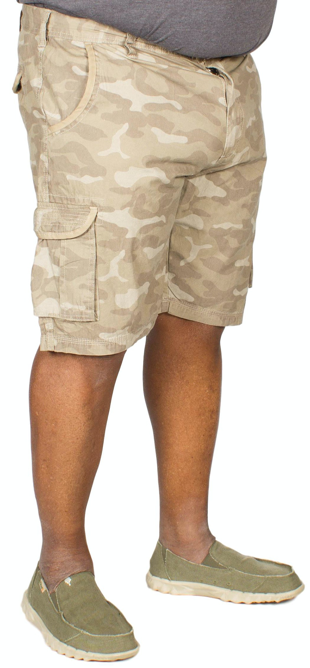 D555 Victor Camouflage Print Cargo Shorts Desert
