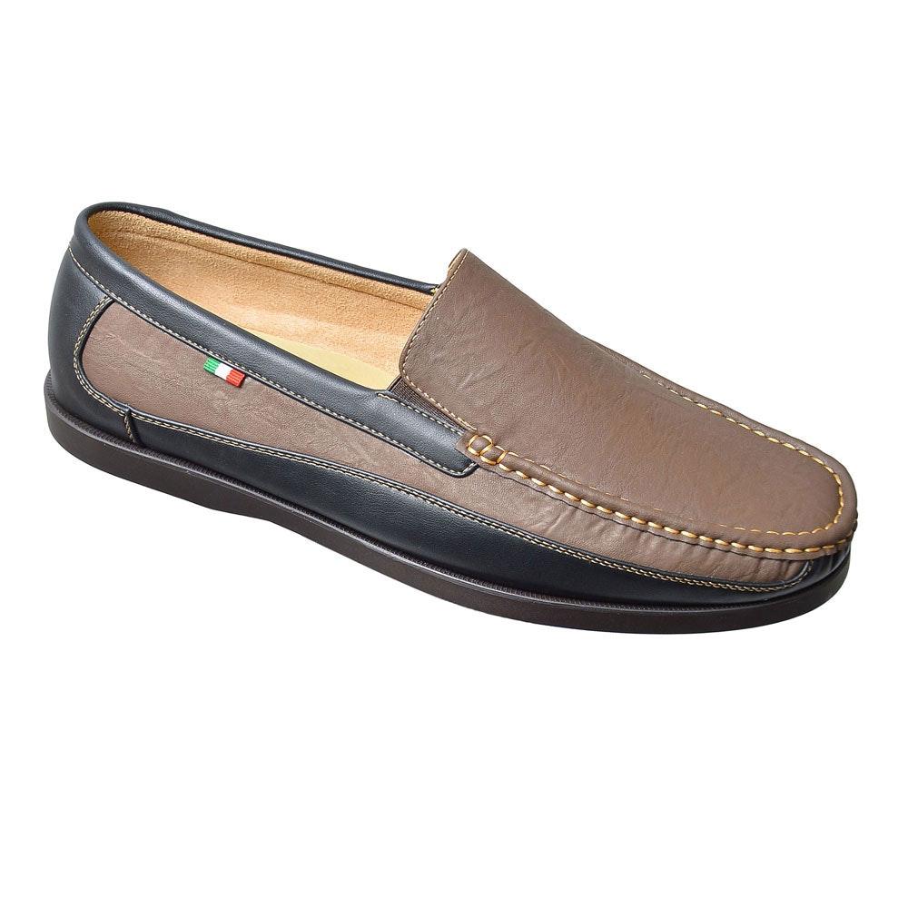 D555 Stuart Slip On Shoe Brown